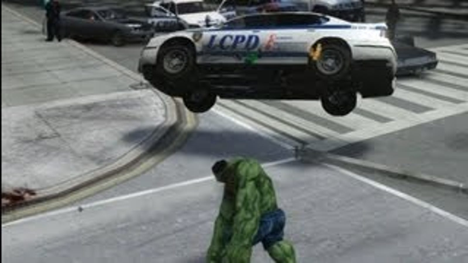 Hulk Smashes Everything In This Intense Grand Theft Auto IV Mod