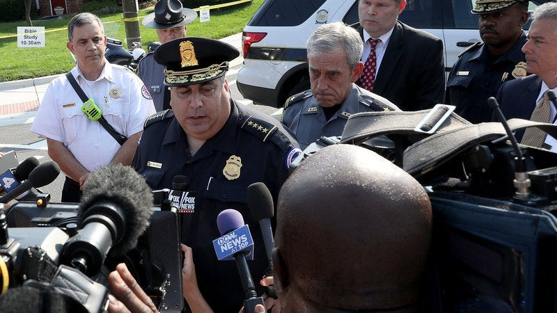 Matthew Verderosa, Capitol Hill Chief of Police, addresses reporters near the scene of a shooting in Alexandria (Photo: Win McAfee/Getty)