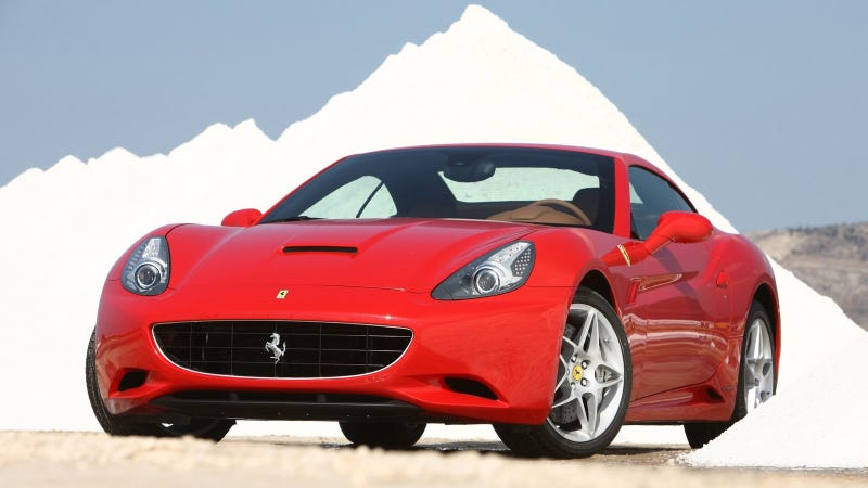 Illustration for article titled A Ferrari Surrounded By Mountains Of Cocaine