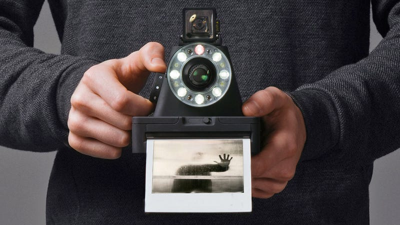 Illustration for article titled The Impossible Project Created a Brand New Camera For Its Resurrected Polaroid Format Film