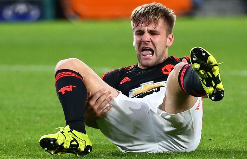 Illustration for article titled Man Utd's Luke Shaw Suffers Gruesome, Leg-Breaking Tackle [WARNING: GRAPHIC]
