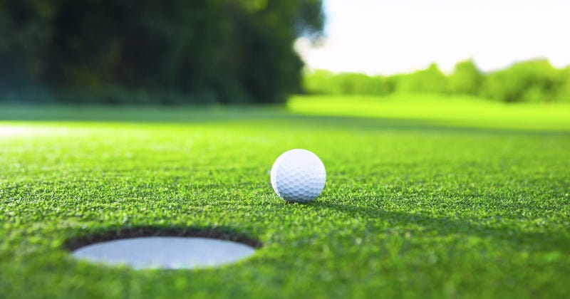 Illustration for article titled Golf post
