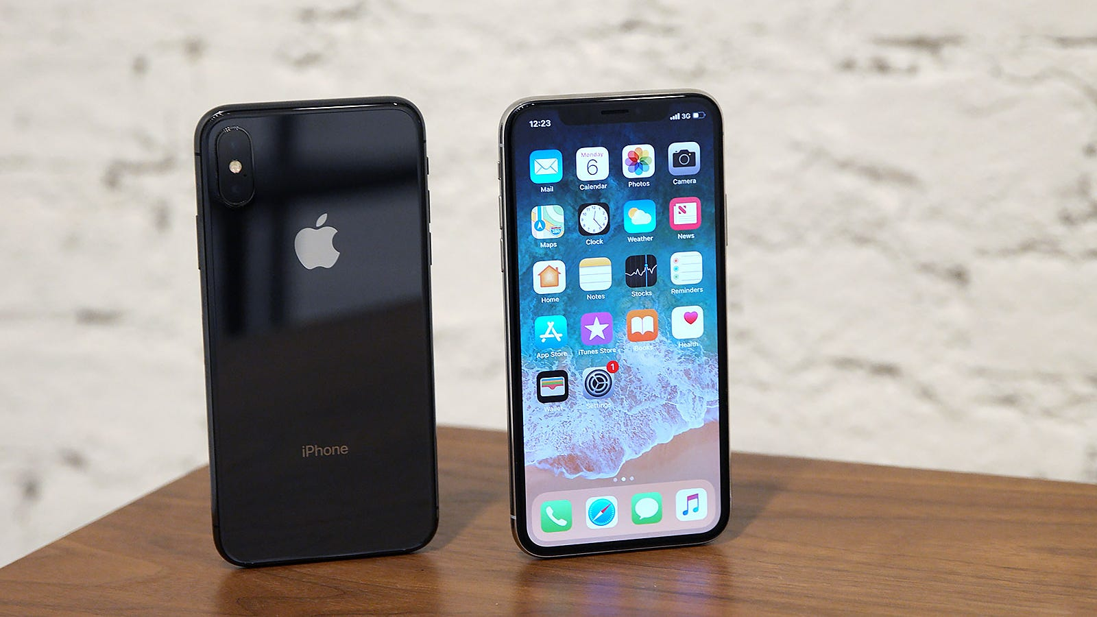 iphone 7 c don t be surprised if the iphone x goes away 11519