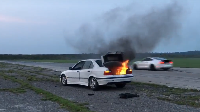 Illustration for article titled Let This Burning BMW Remind You to Always Remove Anything Unsecured Before Your Track Day
