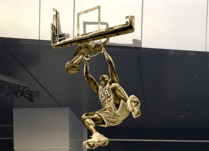 Illustration for article titled The Lakers Are Honoring Shaq With A Pretty Awesome Statue