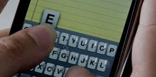 Illustration for article titled 4iThumbs: iPhone Gets Another Physical Keyboard Idea