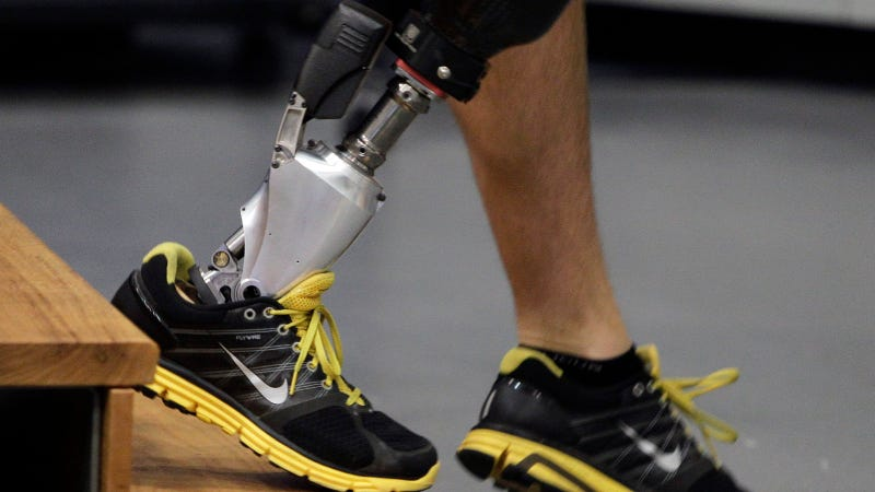 Illustration for article titled The World's First Bionic Foot Mimics Flexion to Aid Gait