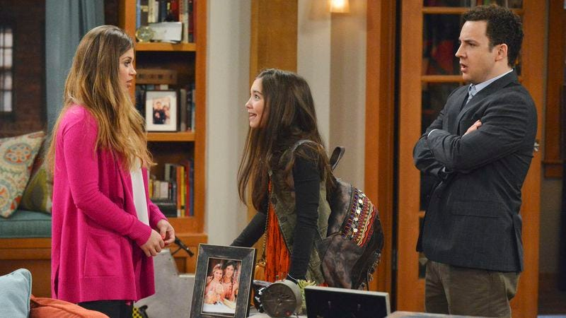 Illustration for article titled Girl Meets World to continue introducing itself with a third season