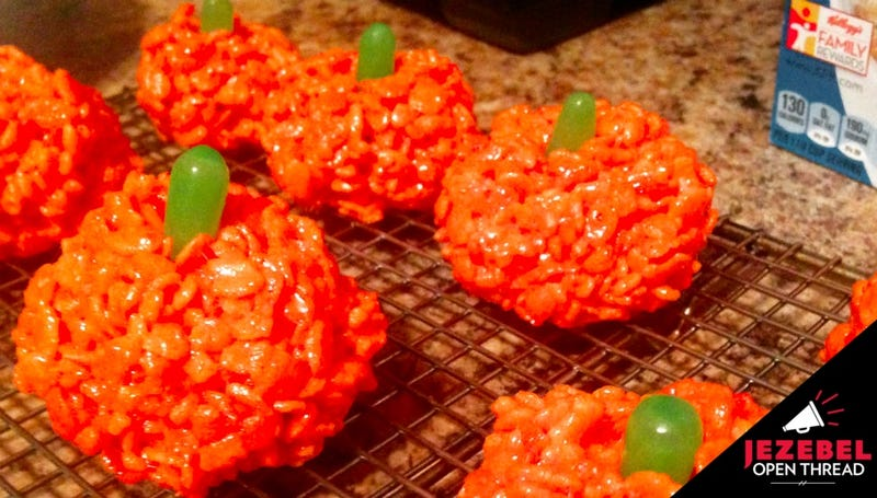 Illustration for article titled Rice Krispie Treat Pumpkins Aren't Really Cooking, But Don't Let That Stop You