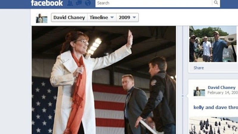 Illustration for article titled Prostitute-Sexing Secret Service Agent Publicly Perved on Sarah Palin