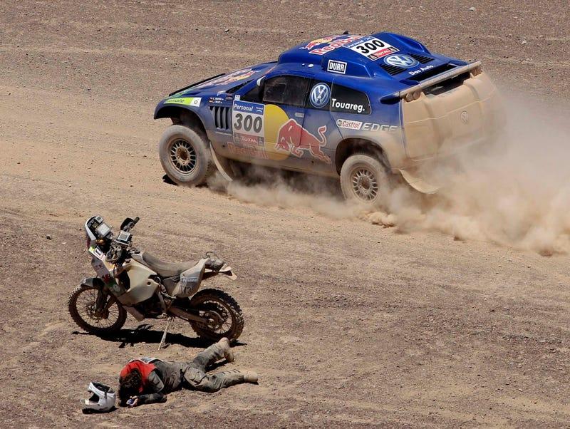 Illustration for article titled Dakar! Dakar! Dakar!