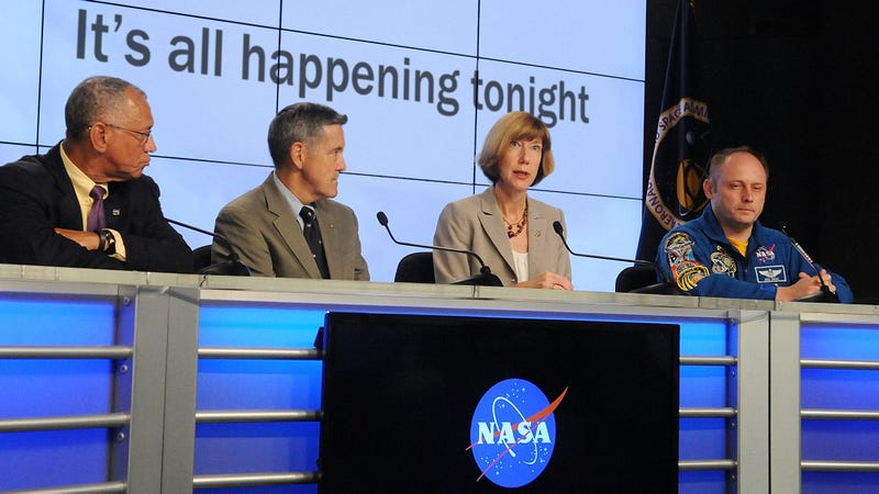 Illustration for article titled Science FTW: NASA Has Announced That Tonight Is The Night