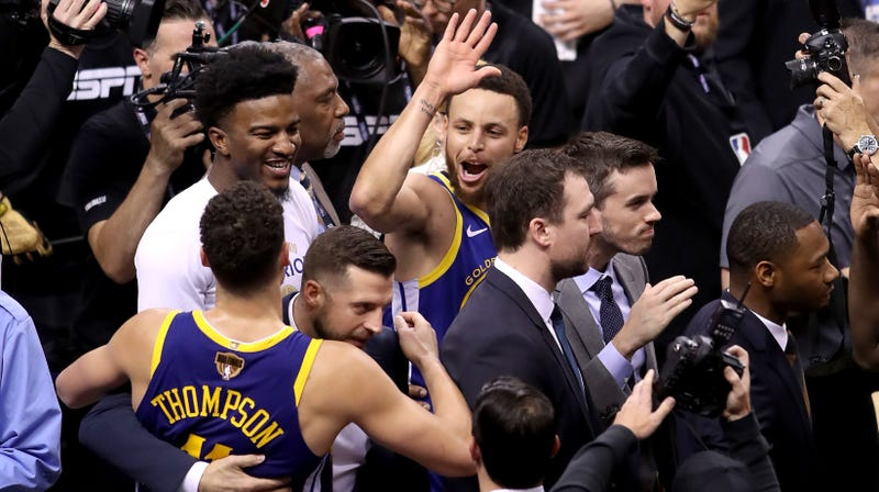 Several Minutes Of Horrendous Basketball Result In Warriors Surviving Game 5