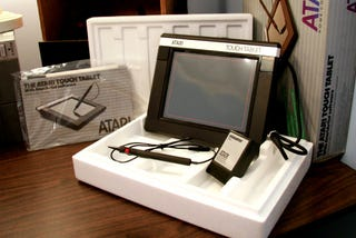 Illustration for article titled Retromodo: A Modern Day Unboxing of a 1984 Atari Touch Tablet