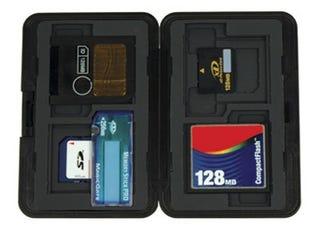 Illustration for article titled Digital Foci Memory Card Travel Case
