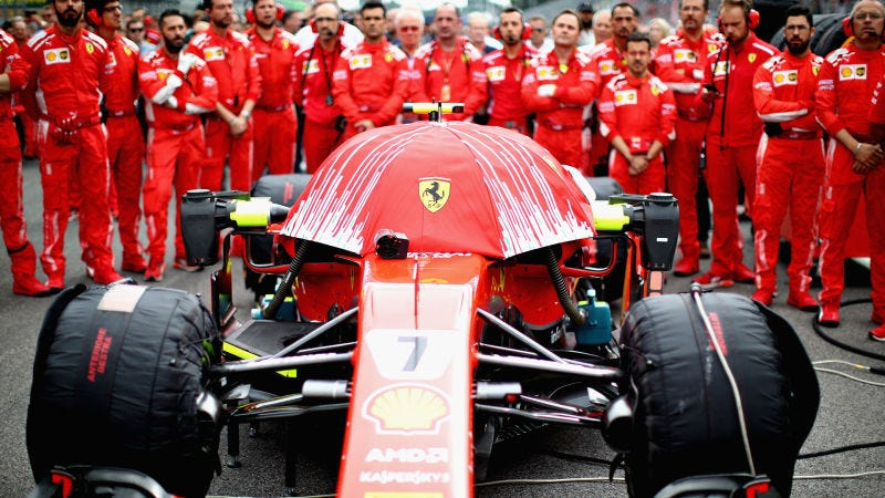 Illustration for article titled Ferrari Has a New Contraption to Cover Up its Camera And I Love it