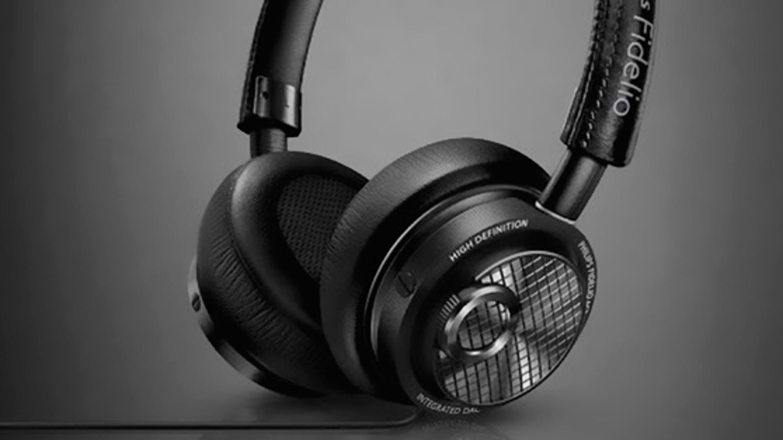 wireless gamer headphones with microphone