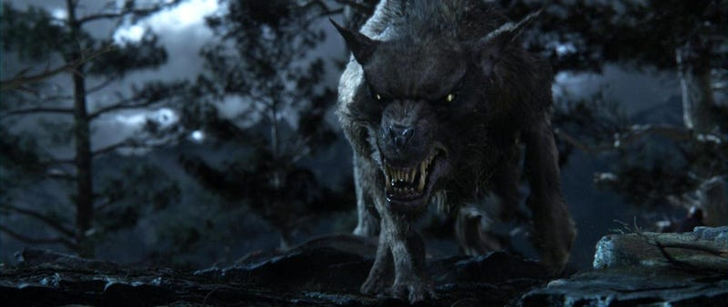 Illustration for article titled The Hobbit photos of wargs