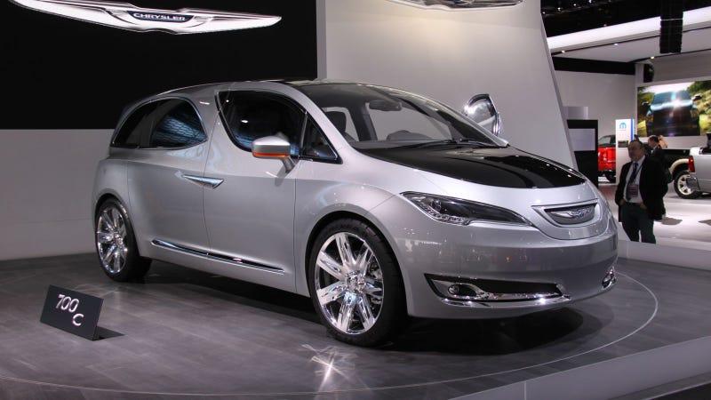 Illustration for article titled Chrysler 700C: 2012 Detroit Auto Show Live Photos