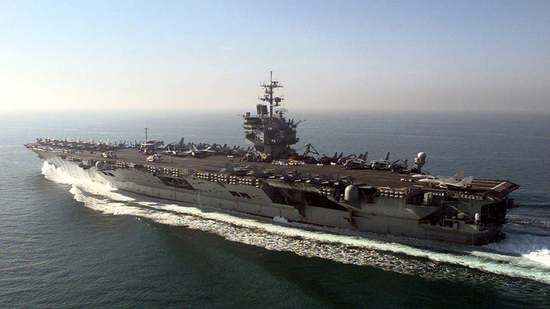 Illustration for article titled El ejército de Estados Unidos ha descubierto que desmantelar un portaaviones es una pesadillla