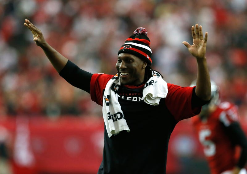 Illustration for article titled Roddy White Promised A Fan Season Tickets If Duke Lost. Uh, Roddy?