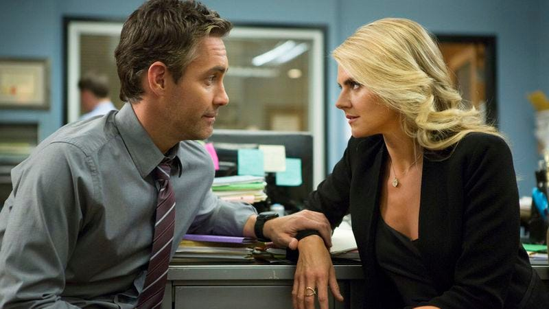 Jay Harrington, Eliza Coupe (Isabella Vosmikova/USA Network)
