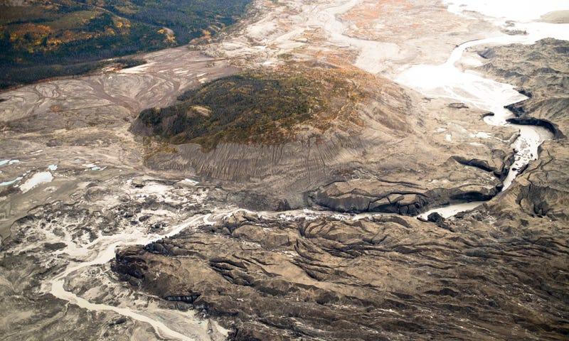 Río completo desaparece en Canadá — Calentamiento global