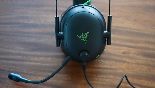 Razer s Ultralight Headphones Are a Gamer s Delight