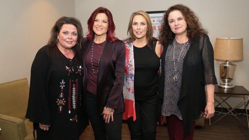 Kathy Cash, Rosanne Cash,Cindy Cash, and Tara Cash. Not pictured: John Carter Cash (Photo: Terry Wyatt/Getty Images)