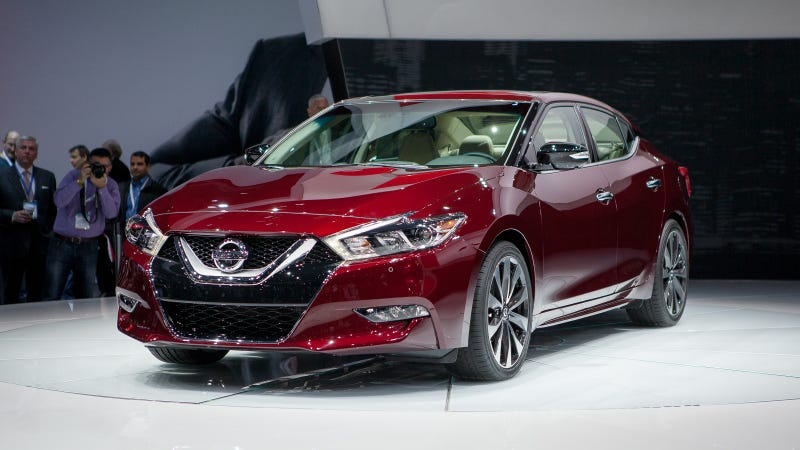2016 Nissan Maxima: A 4-Door Sports Car If Sports Cars Have FWD And