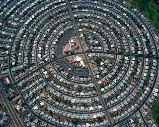 Illustration for article titled Viewing A Suburb From Above Is Geometric