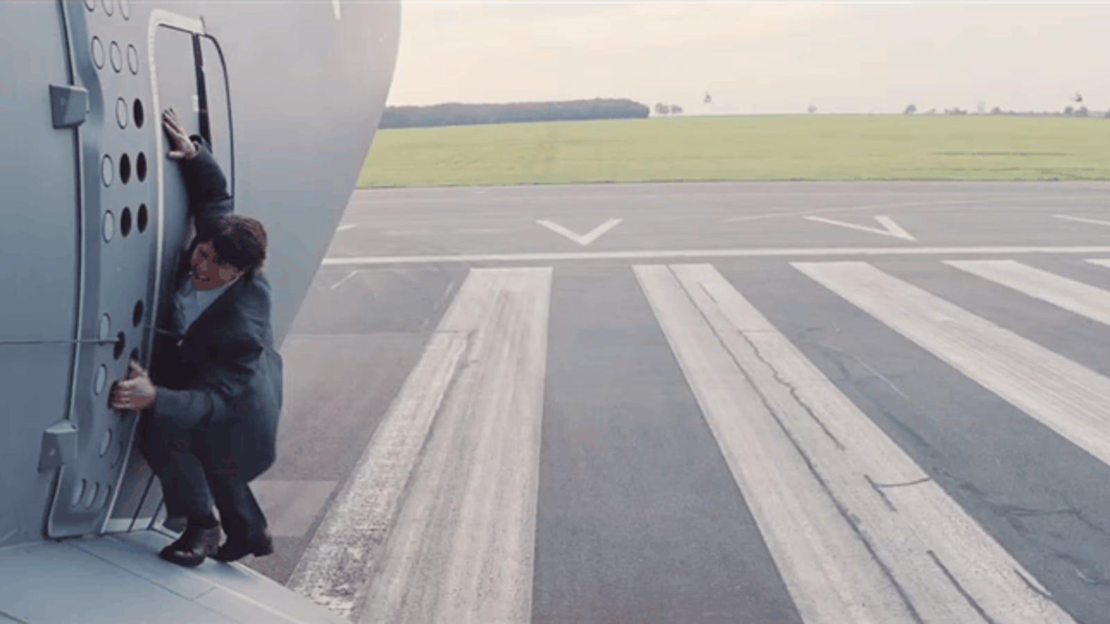 Tom Cruise, famoso por llevar décadas haciendo sus propias escenas de acción, se lesiona rodando Mission Impossible 6