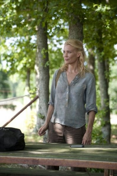 """Illustration for article titled The Walking Dead 2x04, """"Cherokee Rose"""" Pictures"""