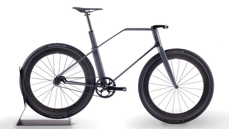 Illustration for article titled How Will Hipsters Afford This Gorgeous and Insanely Expensive Carbon Fiber Fixie?
