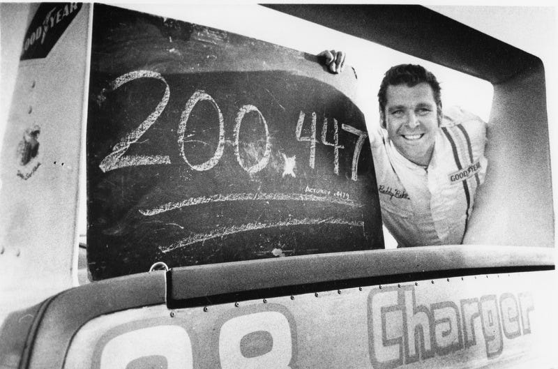 Illustration for article titled 45 Years Ago Today, The 200 MPH Barrier Was Broken In NASCAR