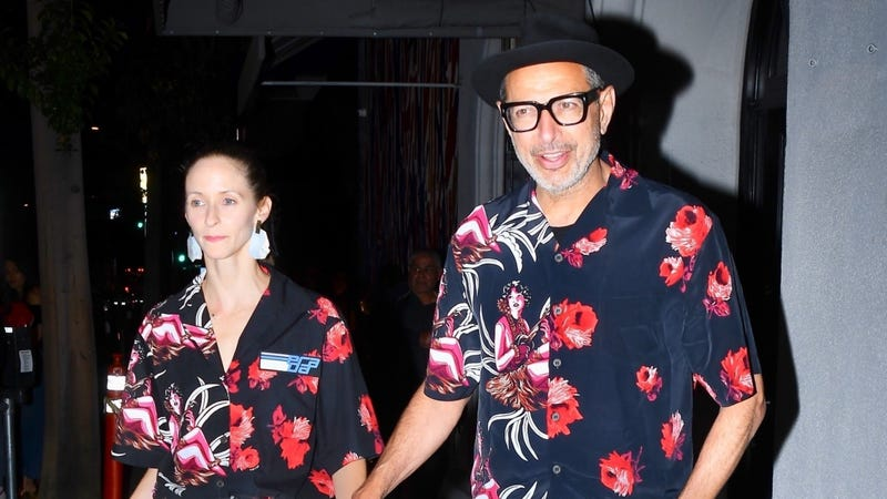 Illustration for article titled I Remain Puzzled by Jeff Goldblum and Emilie Livingston's Matching Date-Night Shirts