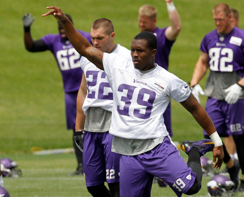 Illustration for article titled Vikings Cornerback Has Important Questions About Forrest Gump