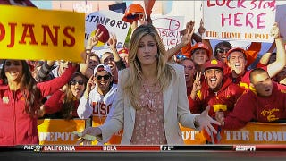 Illustration for article titled Erin Andrews Has Something On Her Mind: Your College Football Early Games Open Thread