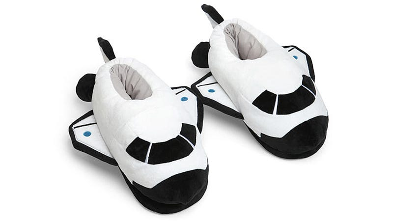 Illustration for article titled If These Shuttle Slippers Aren't NASA Standard-Issue, They Should Be