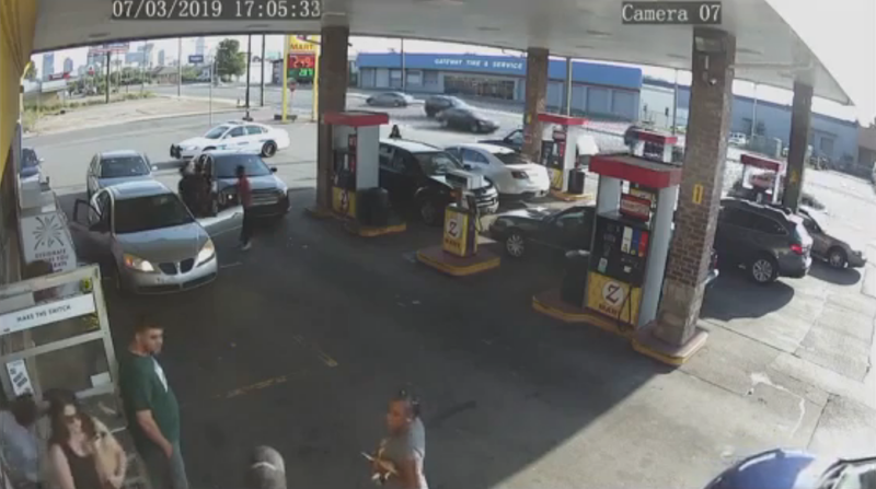 Nashville Police Officer Resigns After Video Shows Him ...