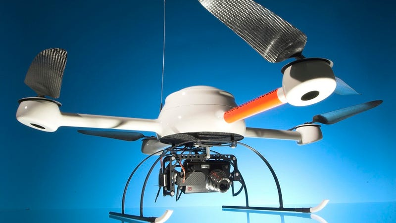 Illustration for article titled This Quadcopter Is Perfect for Hunting Wildlife and Celebs Alike