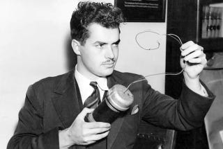 Illustration for article titled Ridley Scott hará una serie sobre el extraño científico Jack Parsons