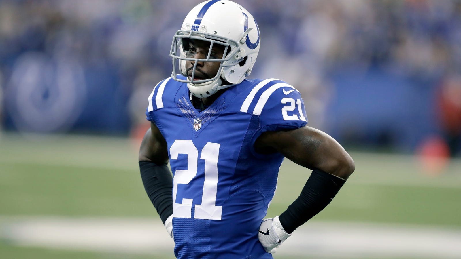 Colts Cut Vontae Davis Before He Can Have Season Ending Surgery