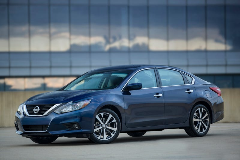 Illustration for article titled 2016 Nissan Altima: This Is It