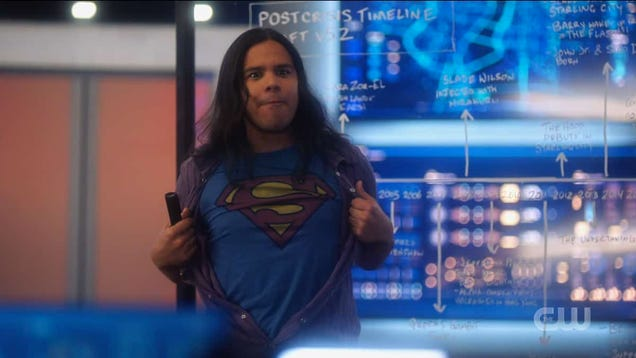 The Flash s Carlos Valdes Is Leaving on His  Goofy, Low-Stakes  Terms