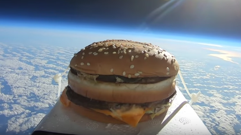 Illustration for article titled YouTuber sends Big Mac to space, eats it