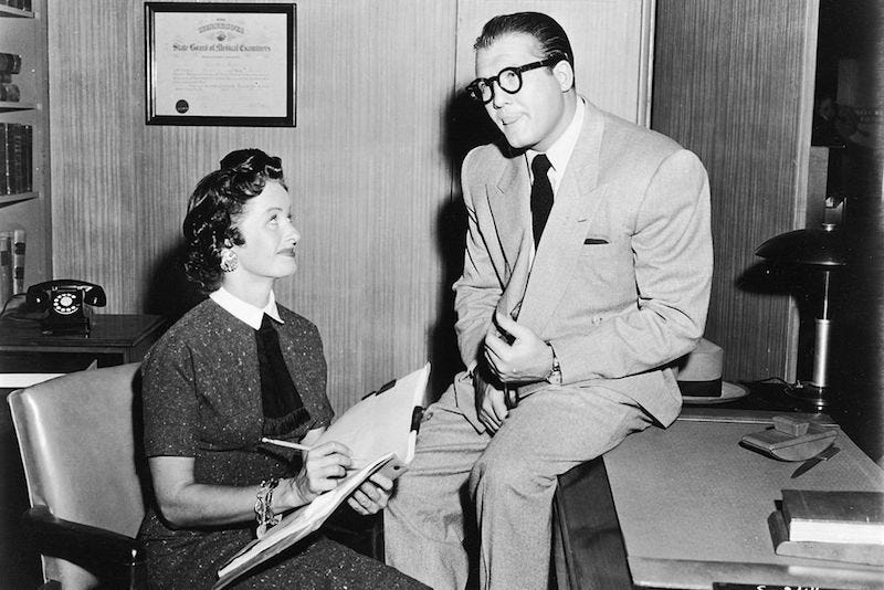 Illustration for article titled The Original Lois Lane, Noel Neill, Has Died at 95