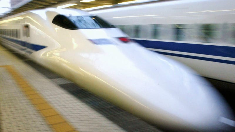 Illustration for article titled Police Find 'Human Body Parts' in Crack in Japanese Bullet Train's Nose