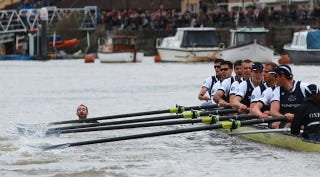 Illustration for article titled A Boat Race Between Oxford And Cambridge Was Interrupted By A Swimmer