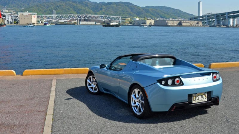 There S Going To Be A Brand New Tesla Roadster Soon